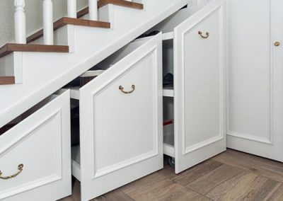 carpenter-under-stairs-reading-berkshire